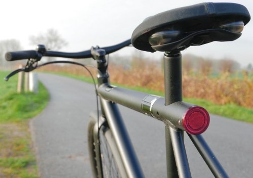 Rear light is integrated under the seat post