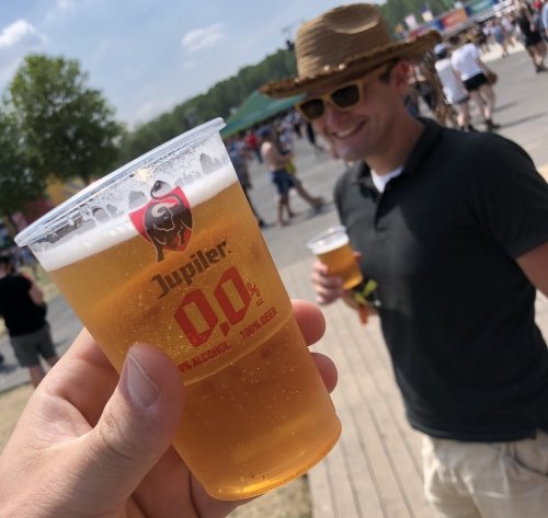 Freshly drafted Jupiler 0.0% beer on Rock Werchter