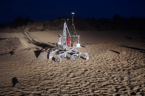 ESA's fast-moving Heavy Duty Planetary Rover (HDPR) at Teide (credit: ESA)