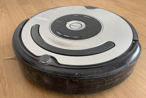My iRobot Roomba 555 in need of maintenance