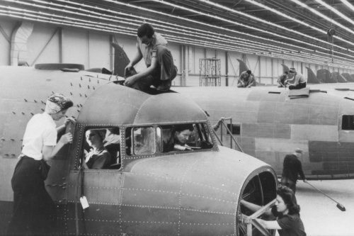 Rosie the Riverters work on the C-47 at the Douglas Plant in Oklahoma City (1944, Tinker Air Force Base History Office)