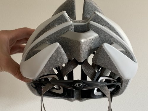 Rear of the helmet, note how the strap goes through the Roc Loc 5