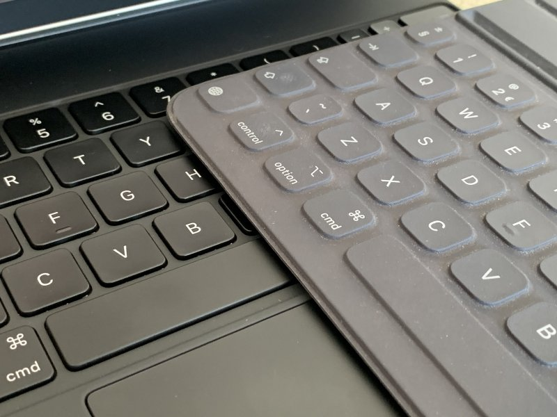 The best keyboard for iPad Smart Keyboard Folio vs Magic